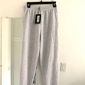 PrettyLittleThing Pants - NWT PrettyLittleThing Casual Jogger